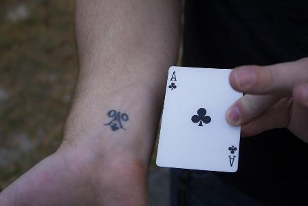 poker online uang asli terpercaya di indonesia